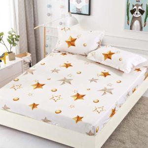 Husa pat dublu cu elastic, 2 fete de perna, Bumbac Finet, Alb/Auriu, Stelute, JO4026